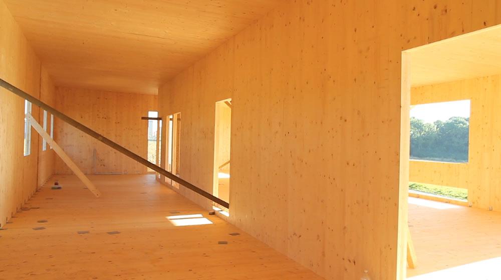 Maison bois massif construction de maison en bois massif for Maison bois massif